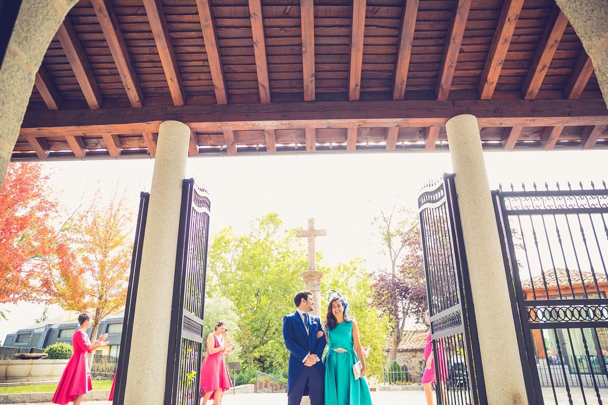 novio elegante, fotografo de bodas madrid