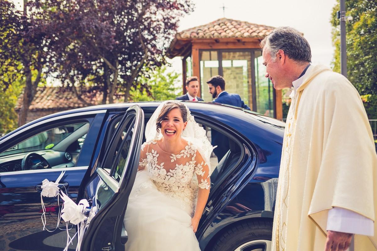 entrada novia, fotografía de boda, we are