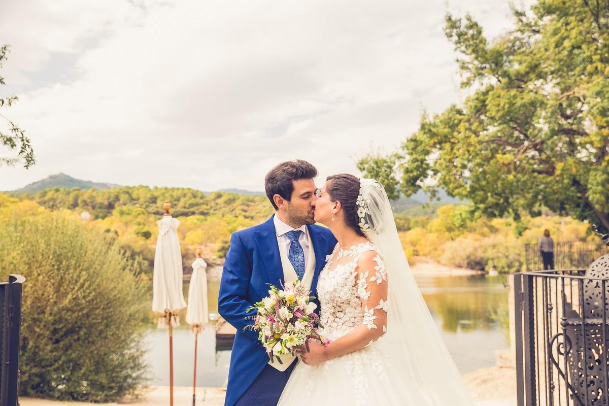 novios, finca prados moros, fotografos de boda madrid, we are